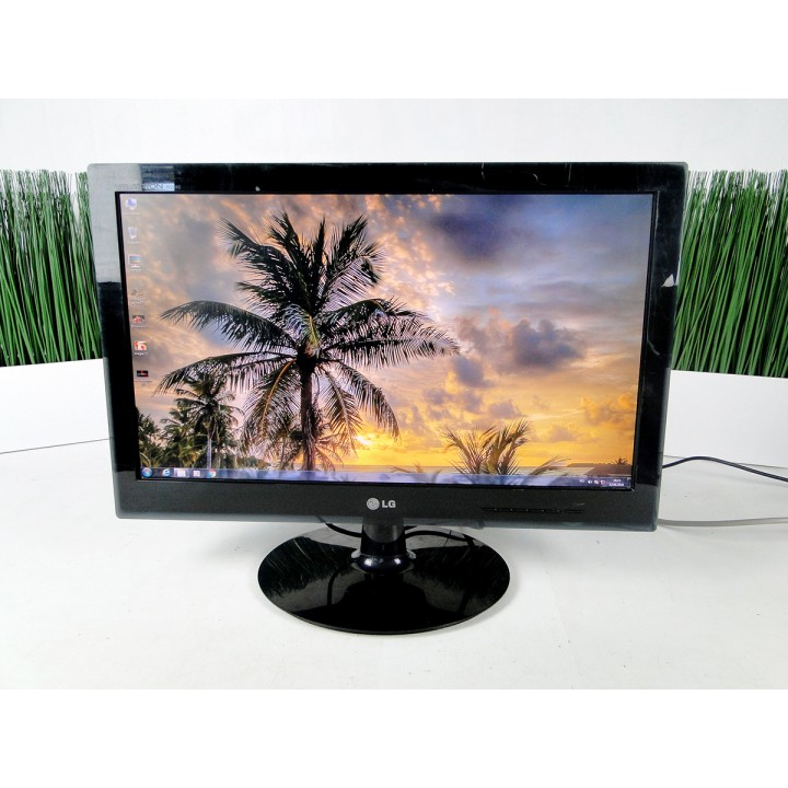 "Монитор 21.5"" LG W2240S TN+film Widescreen Black"